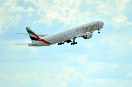 طيران الإمارات تقدم اختبارًا سريعًا لفيروس الكورونا للركاب قبل السفر