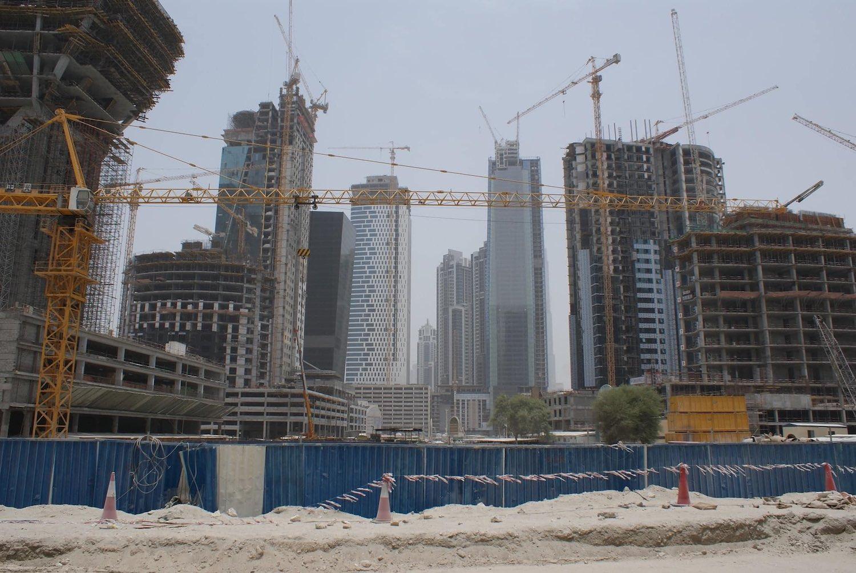 آلاف البريطانيين يستعدون لمغادرة الإمارات