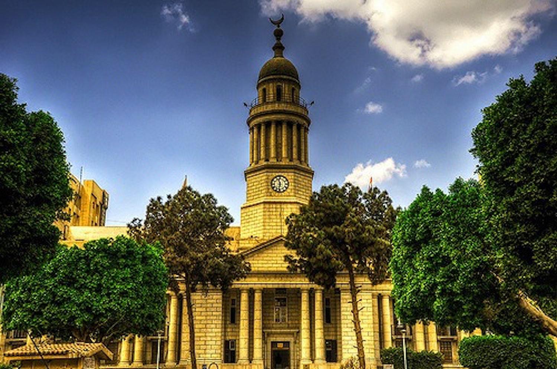 مستشفيات جامعة القاهرة